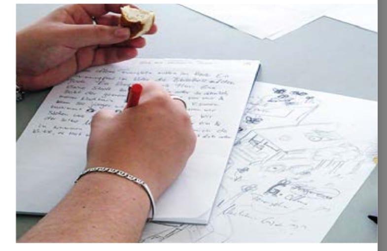 Skizzen und Kritzeleien können beim Biografie schreiben unterstützen